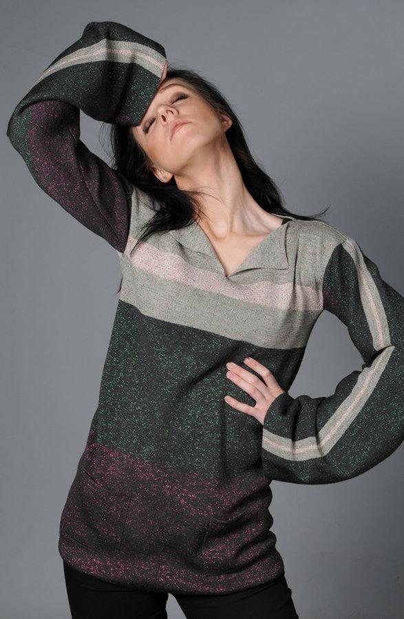 modis renaissance sweater