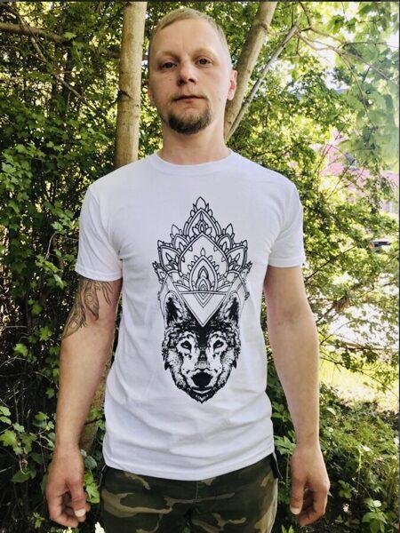 "T-shirts ""Wolf Queen"""